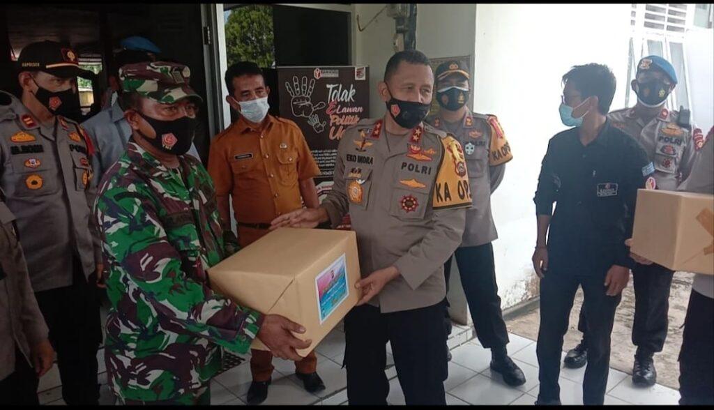 Suasana tinjauan Kapolda Sumsel Irjen Pol Prof Dr Eko Indra Heri S MM ke Gedung Logistik PPK Muara Lakitan