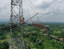 Luar Biasa: 23 Jam Perbaiki 3 Tower Tanpa Padamkan Listrik