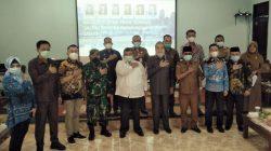 Reses Anggota DPRD Provinsi Sumsel Dapil II di SMAN 6 Palembang dalam rangka menyerap aspirasi para guru dan wali siswa dilaksanakan di aula SMA Negeri 6, Kamis (25/03/21).