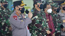 Bangkitkan Wisata Pulau Dewata, Kapolri Instruksikan Vaksinasi Dikeroyok