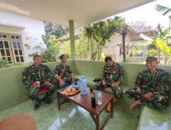Personel Kodim Palembang Cek Pos Kamling Kampung Jawi