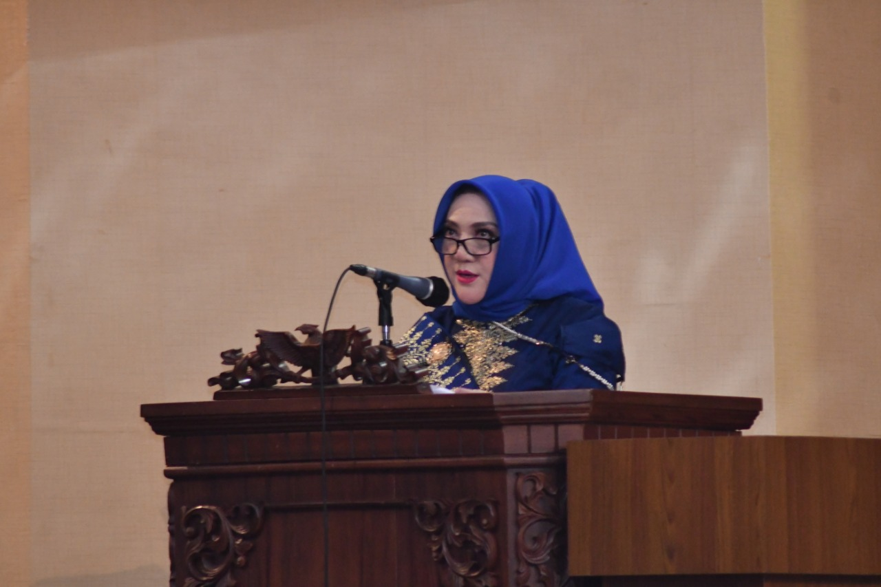 Semarak hari jadi Kabupaten Musi Rawas (Mura) ke 78, Bupati Mura, Hj Ratna Machmud memaparkan 9 Program MANTAB yang akan dilaksanakan dalam periode 5 tahun ke depan, bertempat di gedung Paripurna DPRD Kabupaten Mura.