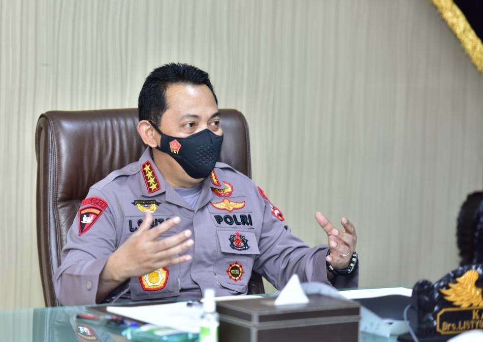 Kapolri Jenderal Listyo Sigit Prabowo melakukan audiensi dengan Kepala Satuan Kerja Khusus Pelaksana Kegiatan Usaha Hulu Minyak dan Gas Bumi (SKK Migas) Dwi Soetjipto, secara virtual, Jumat (16/4).