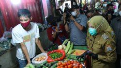 Tinjau Pasar Cinde, Fitri: Hari Pertama Puasa Harga Normal