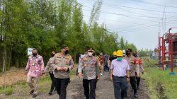 General Manager PLN UIKSBS Djoko Mulyono beserta jajaran segera menuju lokasi untuk meninjau kebakaran bersama Kapolda Sumatera Selatan Irjen Pol Prof Eko Indra Heri dan Kapolrestabes Palembang Kombes Pol Irvan Prawira Satyaputra.