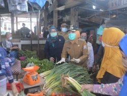 Sidak Pasar 3-4 Ulu: Wawako Fitri Temukan Makanan Terindikasi Mengandung Rhodamin B