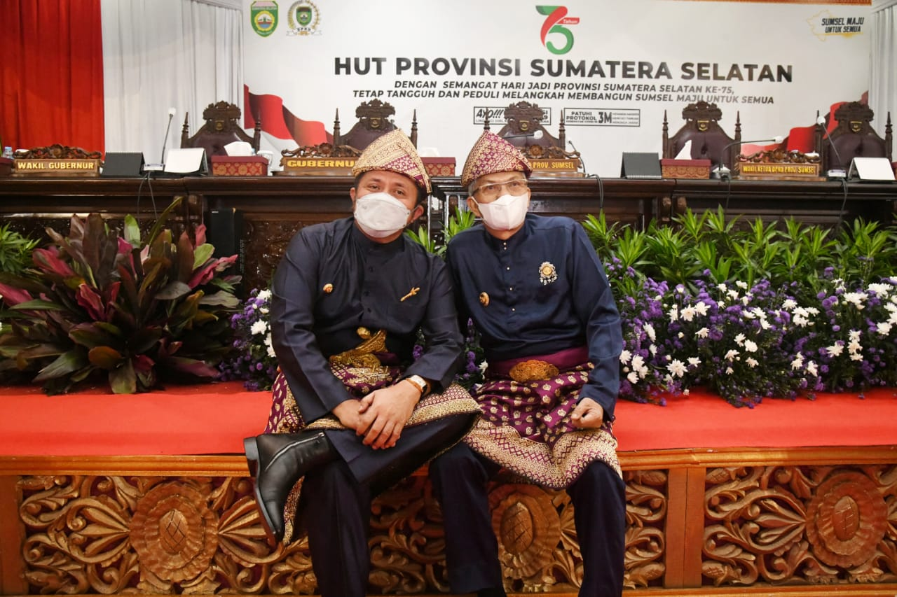 Gubernur Sumsel H Herman Deru bersama Wagub Sumsel H Mawardi Yahya