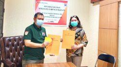PT Bank Maspion Tbk Cabang Palembang Resmi menjalin kerjasama dengan LMP Mada Sumsel yang langsung ditanda tangani oleh Kamada LMP Sumsel Prof DR HM Edwar Juliartha MM yang didampingi Ketua Harian LMP Mada Sumsel Juniar Suni, Kamis (17/6/2021).