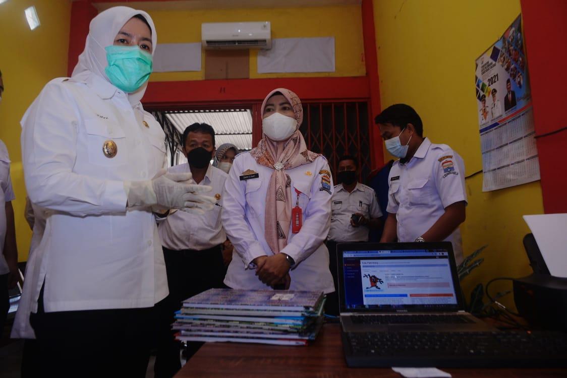 Wawako Palembang kunjungi UPTD Dukcapil Zona II