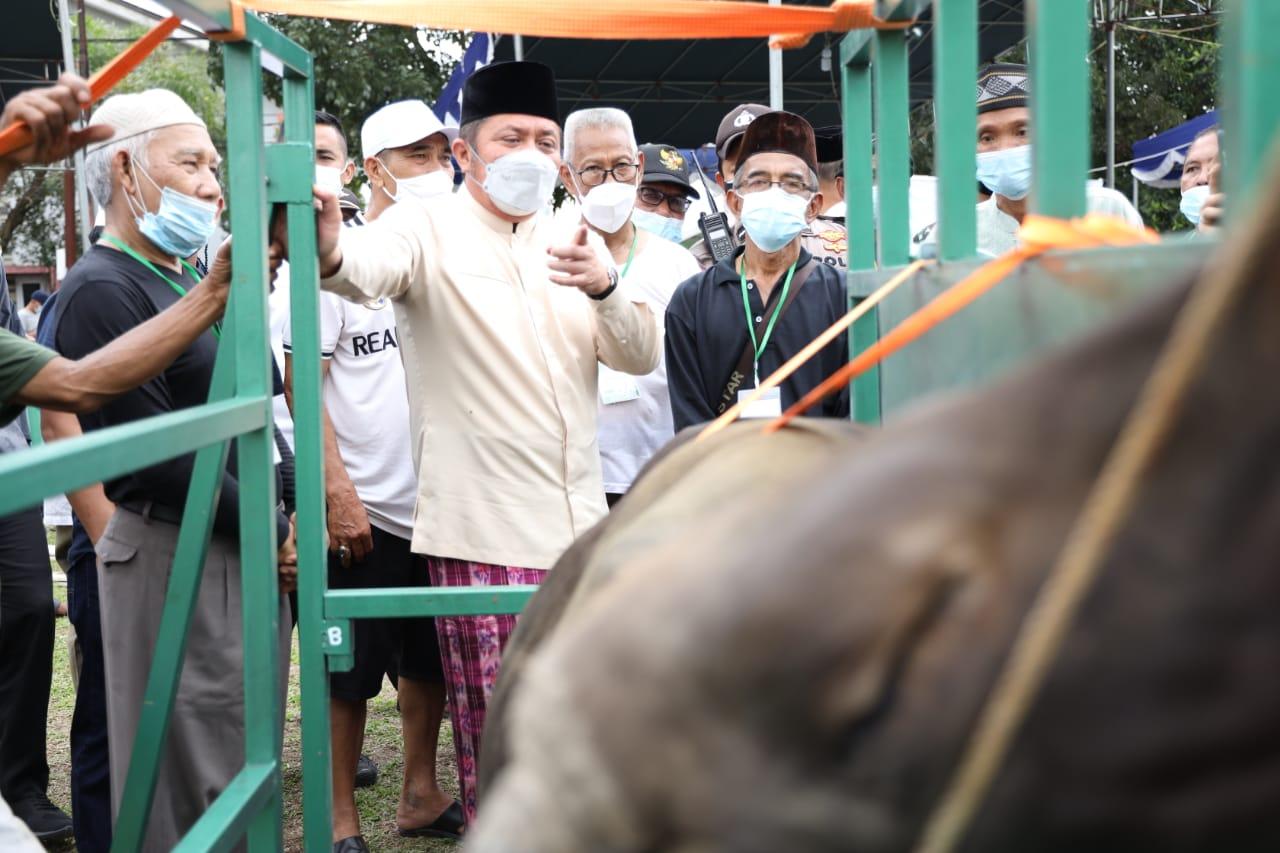 Herman Deru Pastikan Panitia Kurban Patuhi Prokes COVID-19