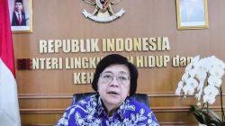 Menteri LHK Siti Nurbaya memberikan keterangan pers, usai mengikuti Rapat Terbatas, Rabu (28/07)