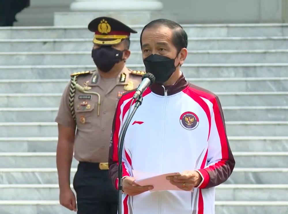 Presiden Jokowi pada Upacara Pelepasan Tim Indonesia Menuju Olimpiade Tokyo Tahun 2021, Kamis (08/07) di Halaman Istana Merdeka, Jakarta