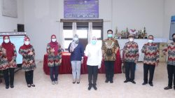 Wakil Walikota Palembang Fitrianti Agustinda meninjau langsung Posko PPKM Mikro di Kelurahan Tangga Takat