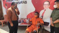 Direskrimum Polda Sumsel Hisar Siallagan melakukan press conference penangkapan Pelaku Penyiraman Air Keras, Prengki (30) terhadap Panji