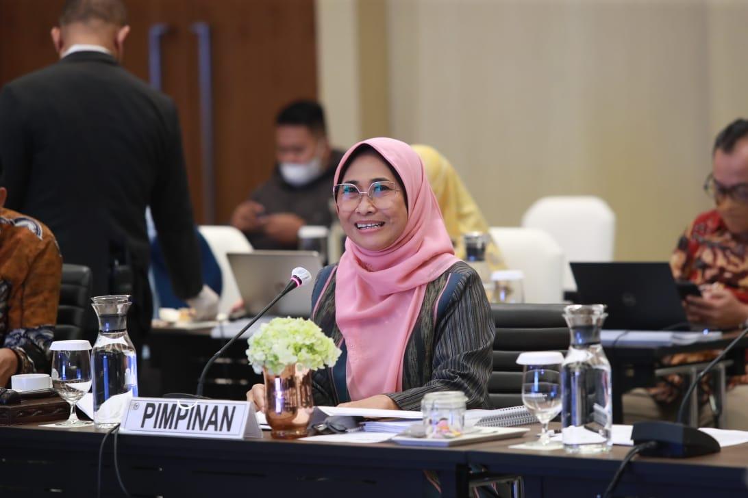 Wakil Ketua Komisi X DPR RI Hetifah Sjaifudian mengapresiasi upaya Menteri Pemuda dan Olahraga Republik Indonesia (Menpora RI) Zainudin Amali dalam meningkatkan prestasi olahraga nasional di tingkat dunia
