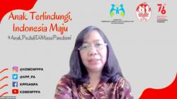 Deputi Bidang Pemenuhan Hak Anak Kemen PPPA, Agustina Erni dalam Rapat Koordinasi Informasi Layak Anak Wilayah II