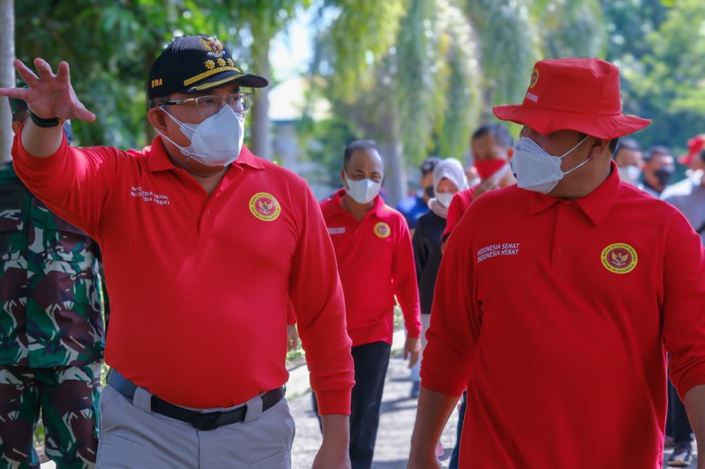Pemerintah Kabupaten Muba bersama dengan Badan Intelejen Negara (BIN) Daerah Sumatera Selatan menggelar vaksinasi di SMP Negeri 6 Unggul Sekayu.