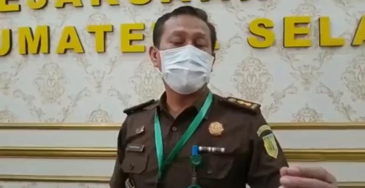 Kepala Seksi Penerangan Hukum [Kasi Penkum] Kejati Sumsel, Khaidirman SH