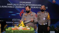 Kapolda Irjen Pol Toni Harmanto hadiri Syukuran Hari Ulang Tahun Lalu Lintas [HUT Lantas] Bhayangkara ke-66 tahun 2021, di gedung Promotor lantai III, Kepolisian Sumsel, Rabu [21/9].