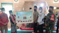 Safari Jumat, Bupati OI, Panca Wijaya Akbar Berikan Bantuan untuk Dua Masjid di Desa Sungai Rokan