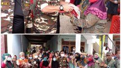 Ketua Relawan COVID-19 KB FKPPI PD VI Sumsel, Dr H Nasrun Umar SH MM menyalurkan bantuan beras dalam rangka KUT ke-43