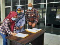 Tiga Mahasiswa Terima Beasiswa dari Stisipol Candradimuka
