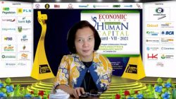 Direktur Manajemen Sumber Daya Manusia PLN Syofvi F Roekman juga dianugerahi penghargaan sebagai The Best Indonesia Strategic Human Capital Director 2021.