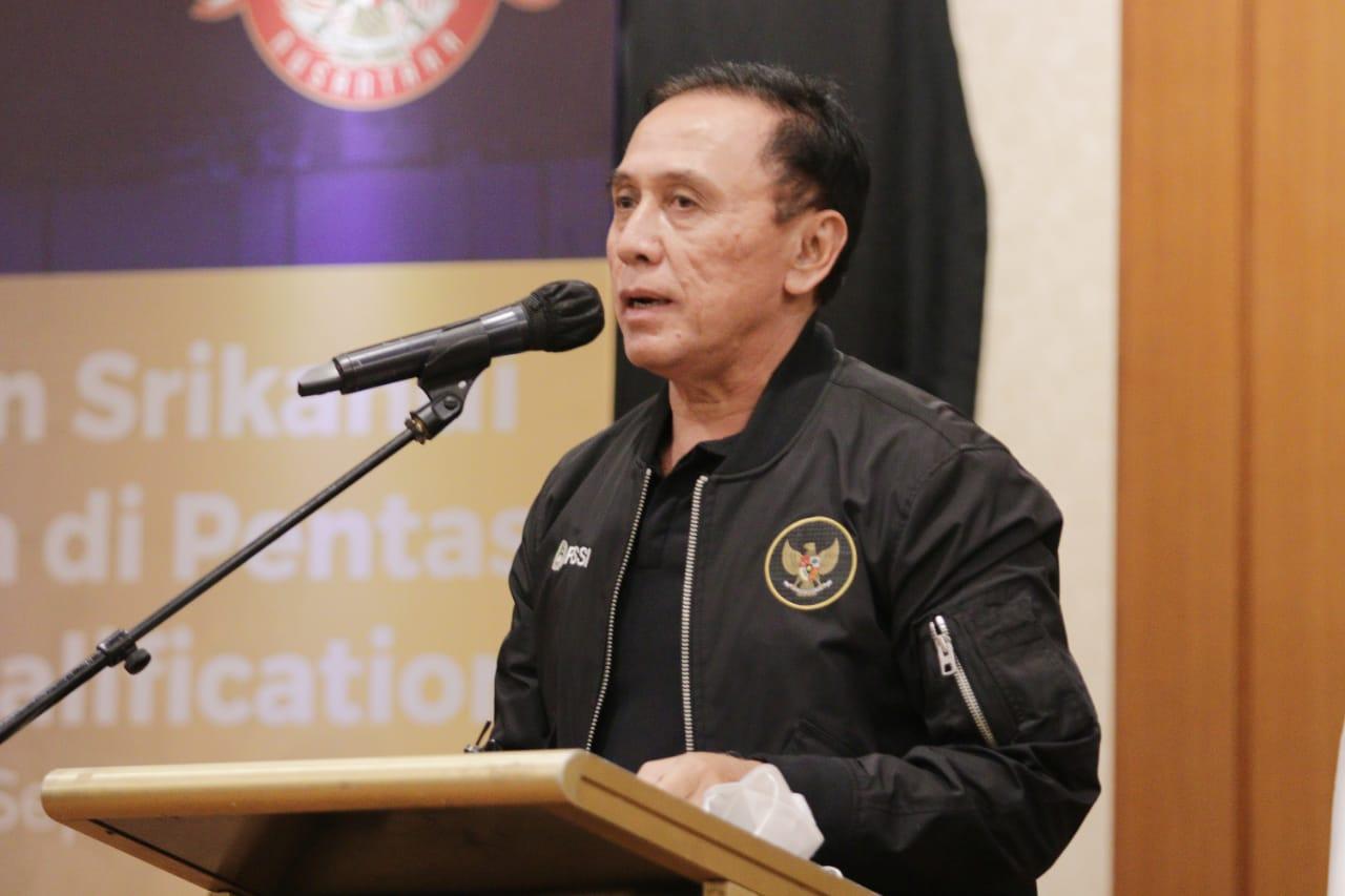 Ketua Umum PSSI, Mochamad Iriawan melepas timnas Indonesia yang akan menjalani Kualifikasi Piala Asia Wanita 2022 di Tajikistan, pada Sabtu (18/9) sore di Hotel Sultan, Jakarta.