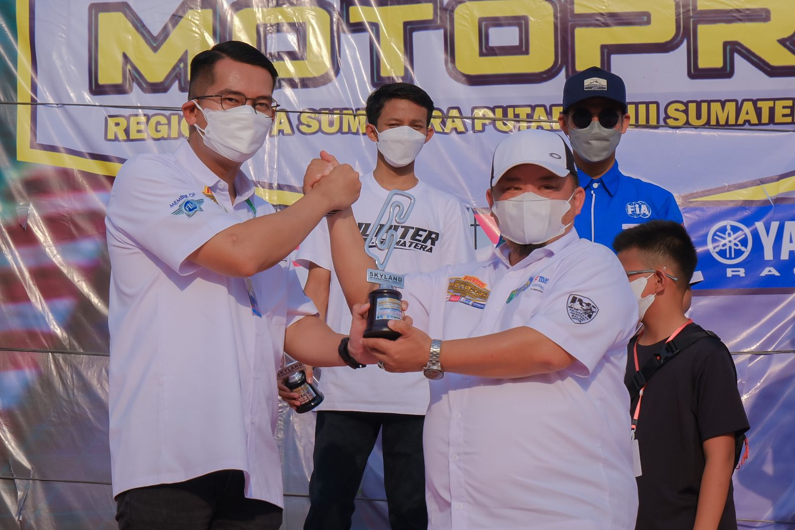 Juara Motoprix Piala Presiden di Sirkuit Internasional Skyland