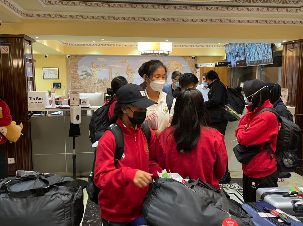 Garuda Pertiwi tiba di Bandara Internasional Dushanbe, Tajikistan