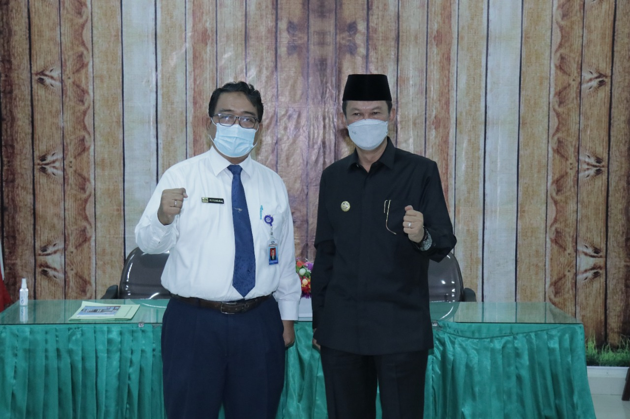 Walikota Palembang, H Harnojoyo berupaya meminta Badan Pengawasan Keuangan dan Pembangunan [BPKP] Provinsi Sumsel untuk terus melakukan pengawalan sekaligus memberikan petunjuk secara keseluruhan terkait Adendum atau pun perjanjian kerja sama [PKS] kepada pihak ketiga dalam perencanaan pembangunan Insenerator di Keramasan.