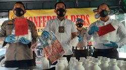 Kasatresnarkoba Polresta Yogyakarta Kompol Andhyka Donny Hendrawan MB SH SIK MM saat rilis kasus pengungkapan 33 ribu pil penenang lintas provinsi