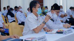 Plt Bupati Musi Banyuasin [Muba], Beni Hernedi SIP memberikan mandat Asisten Bidang Pengembangan Perekonomian dan Pembangunan Setda Muba Drs H Yusuf Amilin, sebagai Pelaksana Tugas [Plt] Kepala Dinas PUPR Muba.