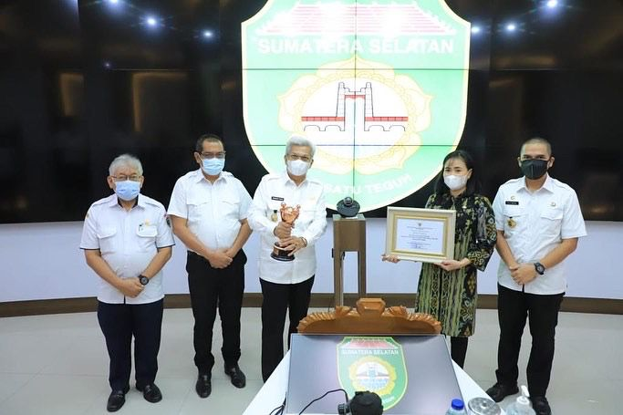 Komitmen Terapkan Kesetaraan Gender, Kementerian PPPA RI Anugerahi Pemprov Sumsel Penghargaan Parahita Ekapraya