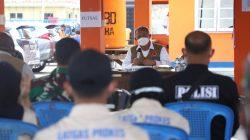 Kepala BNPB menyapa dan memberikan semangat, dukungan serta berterima kasih kepada para relawan dari 9 organisasi, perwakilan TNI, POLRI dan BPBD di posko subsatgas kabupaten Mimika