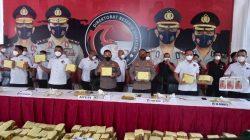 Direktorat Reserse Narkoba Polda Metro Jaya membongkar penyelundupan ganja yang dilakukan jaringan Jakarta-Aceh-Medan.